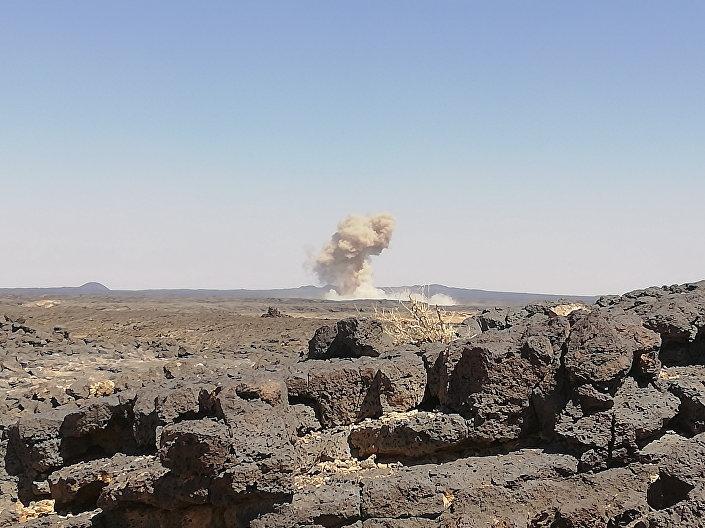 Syryjska artyleria walczy z Państwem Islamskim na południu Syrii