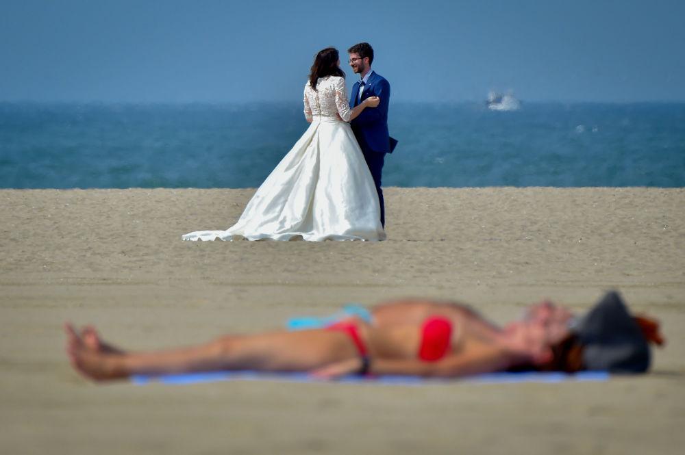 Ślub na plaży we Francji
