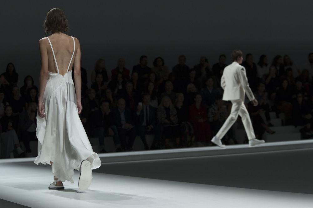 Prezentacja kolekcji Hugo Boss podczas Tygodnia Mody w Nowym Jorku