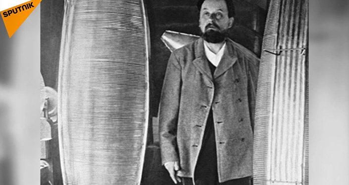 Naukowiec-samouk i wynalazca Konstantin Ciołkowski