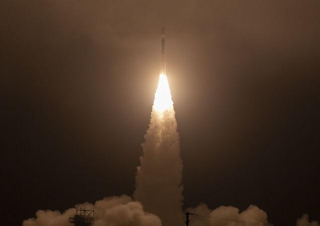 Start satelity ICESat-2 z bazy lotniczej Vandenberg w Kalifornii
