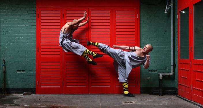 Mnisi z Shaolin w Chinatown w Londynie