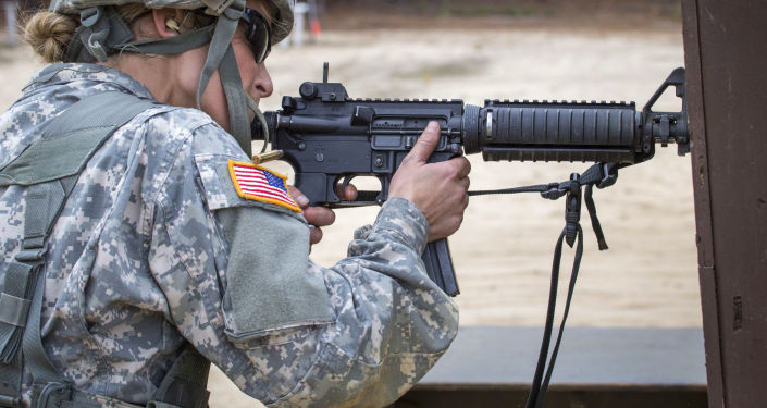 Sierżant amerykańskiej armii podczas ćwiczeń