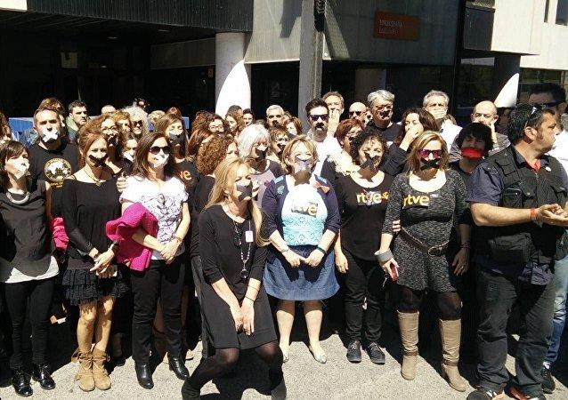 Czarny protest na kanale telewizyjnym TVE