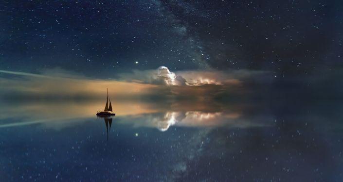 Droga Mleczna nad oceanem