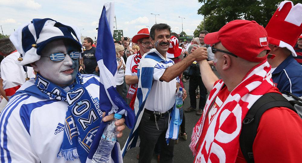 Polscy i greccy kibice
