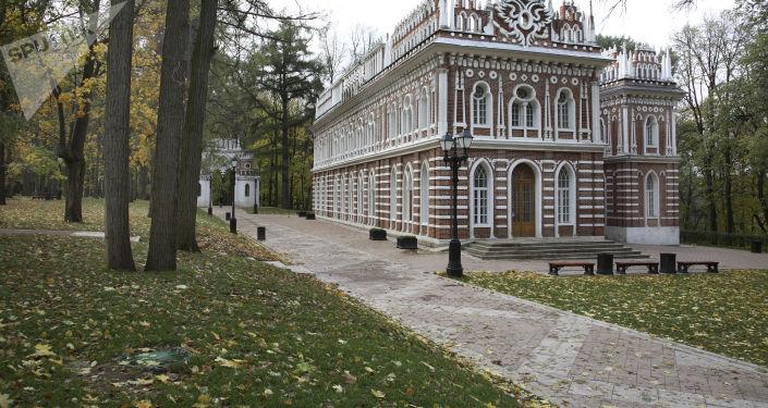 """Dom operowy po renowacji w muzeum """"Carycyno"""""""