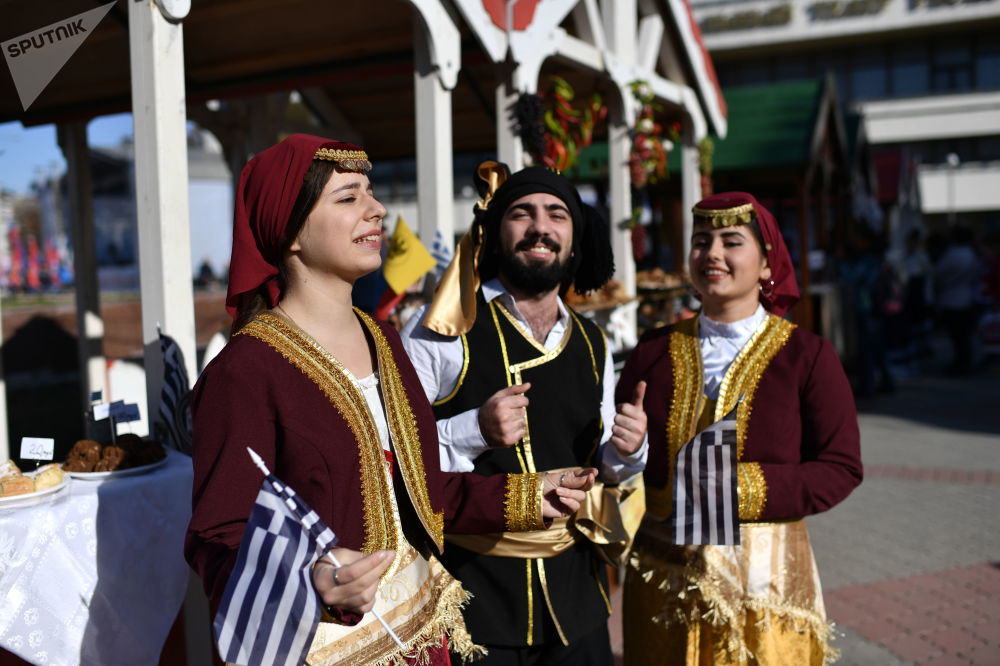 Obchody Dnia Jedności Narodowej w Symferopolu