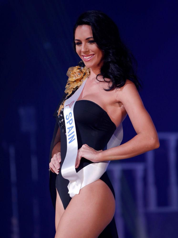 """Przedstawicielka Hiszpanii Susana Sanchez Hernandez na konkursie piękności """"Miss International – 2018"""" w Tokio"""