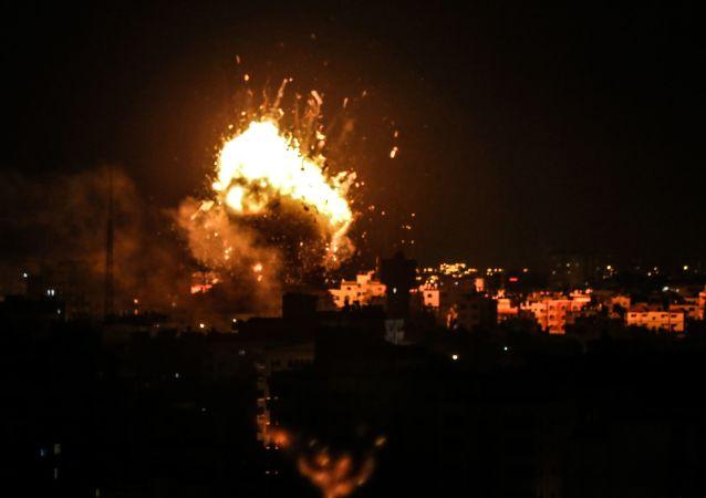 Izraelskie siły powietrzne zbombardowały Strefę Gazy