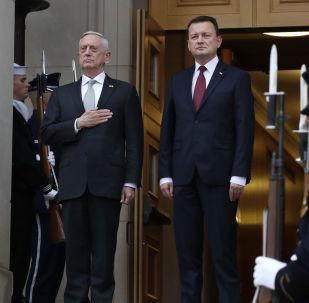 Sekretarz obrony USA James Mattis i minister obrony Polski Mariusz Błaszczak na spotkaniu w Pentagon, USA