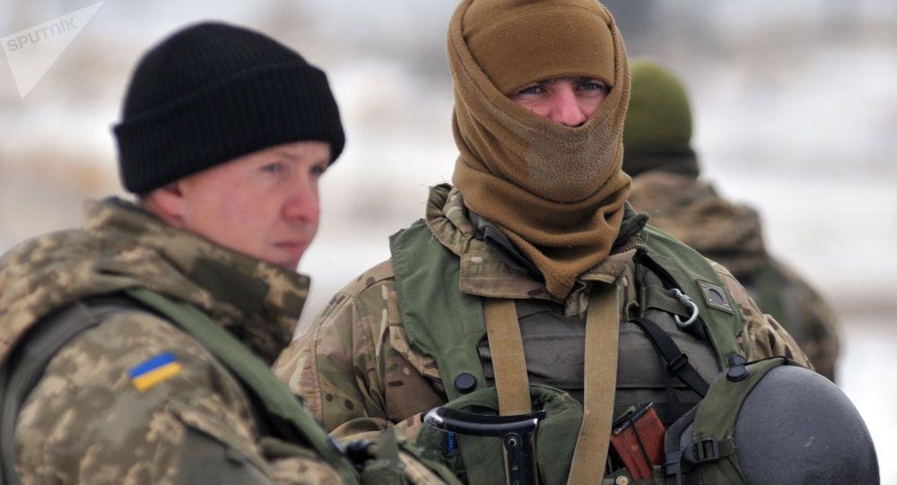 Żołnierze Sił Zbrojnych Ukrainy w obwodzie lwowskim