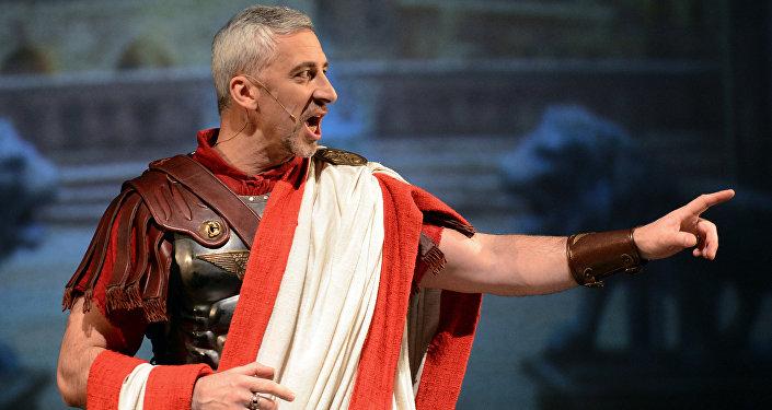 Aktor Wiaczesław Sztyps, odgrywający rolę Piłata w Mistrzu i Małgorzacie