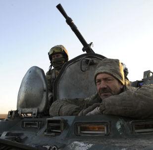 Ukraińska armia podczas ćwiczeń wojskowych we wschodniej Ukrainie