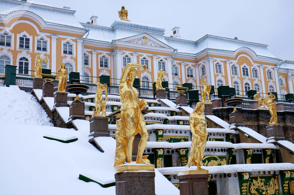 Główna fontanna w Petergofie