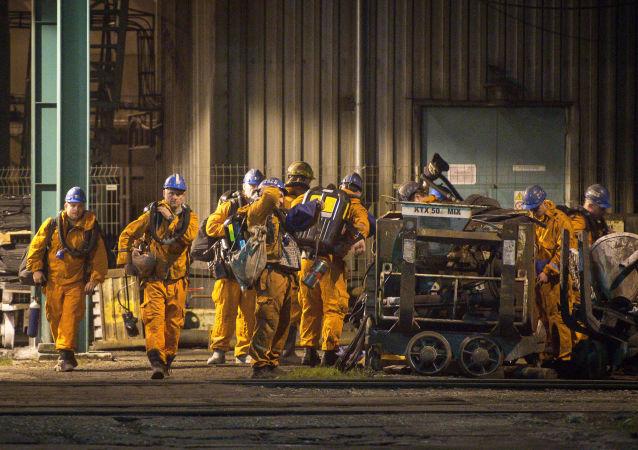 Akcja ratunkowa po eksplozji w kopalni węgla kamiennego CSM w Karwinie w czeskiej części Śląska Cieszyńskiego