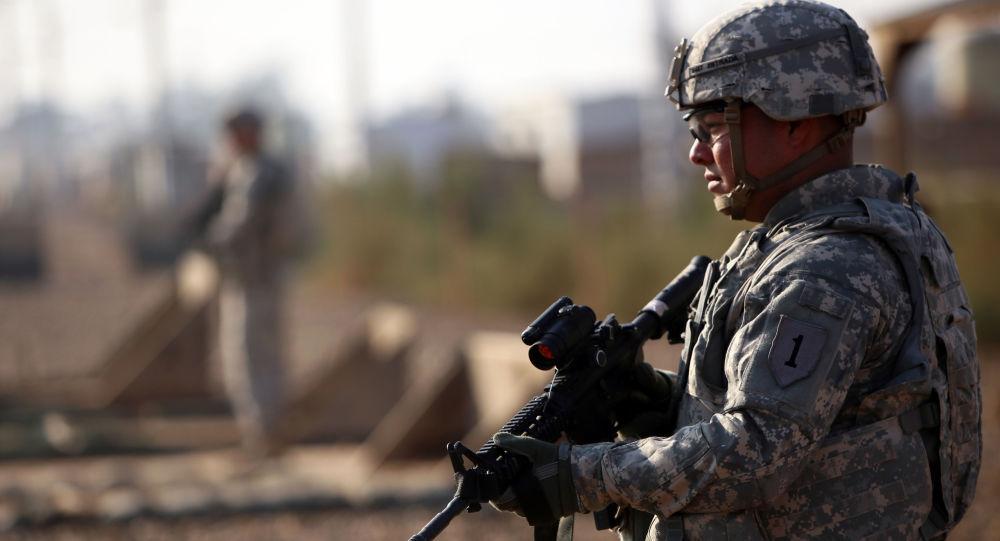 Amerykański żołnierz w Iraku.