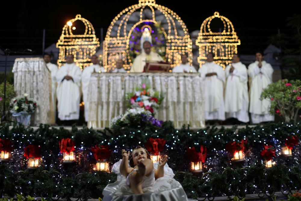 Msza święta w Dubaju