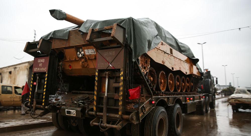 Turecki czołgi przerzucane do Al-Raj na północy Syrii