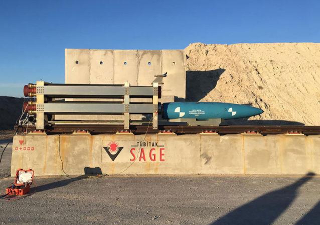 Bomba lotnicza MK-84 w bazie HABRAS, Turcja