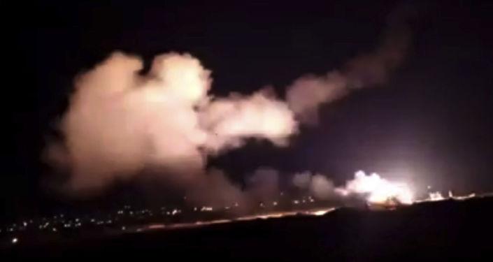 Syryjska obrona przeciwlotnicza odpiera atak izraelskich sił powietrznych na Damaszek