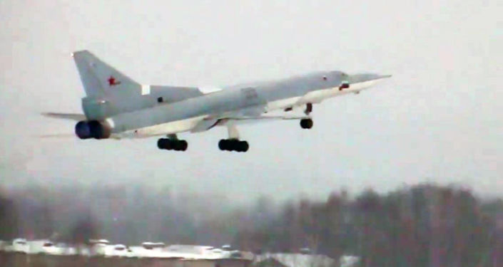 Zmodernizowany Tu-22M3M realizuje swój pierwszy lot