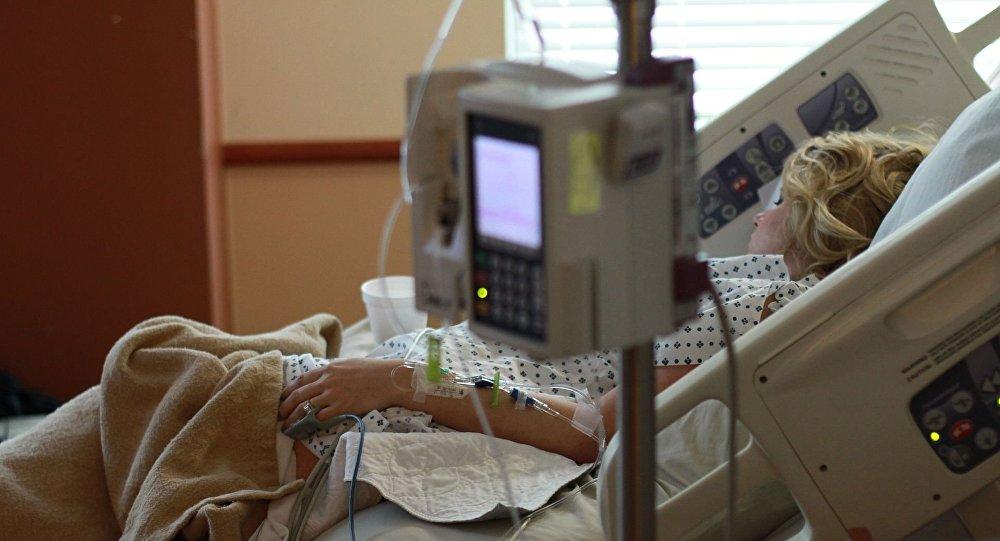 Pacjentka w szpitalu po operacji