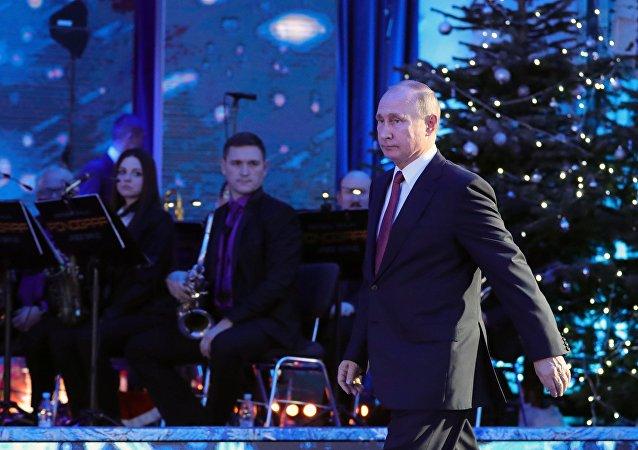Władimir Putin składa życzenia noworoczne