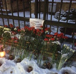 Mieszkańcy Kaliningradu żegnają zamordowanego prezydenta Gdańska Pawła Adamowicza