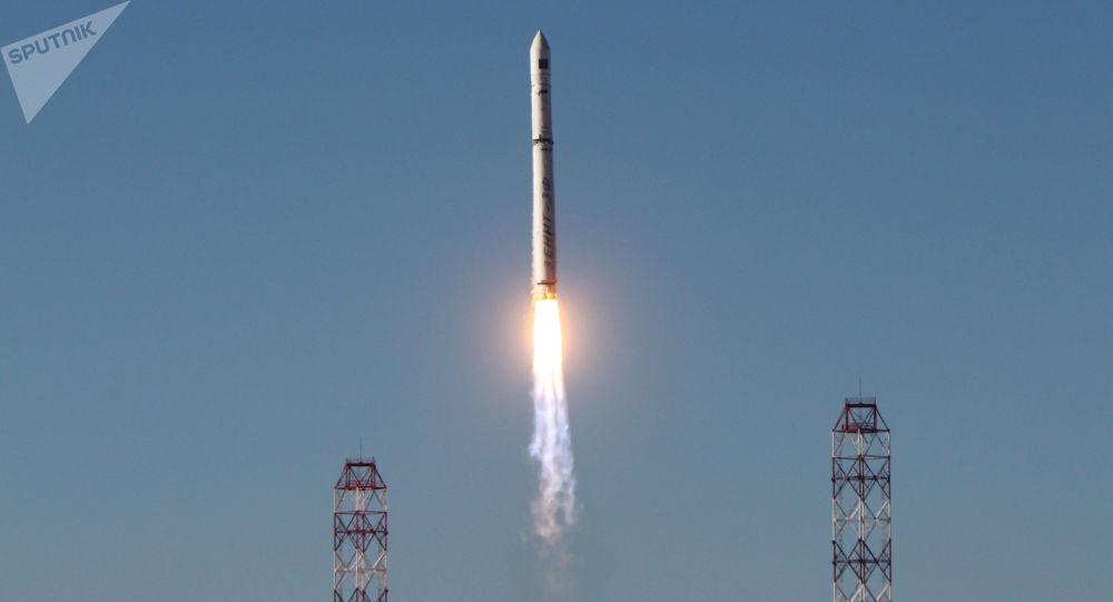 Start rakiety nosnej Zenit z aparatem Spektr-R