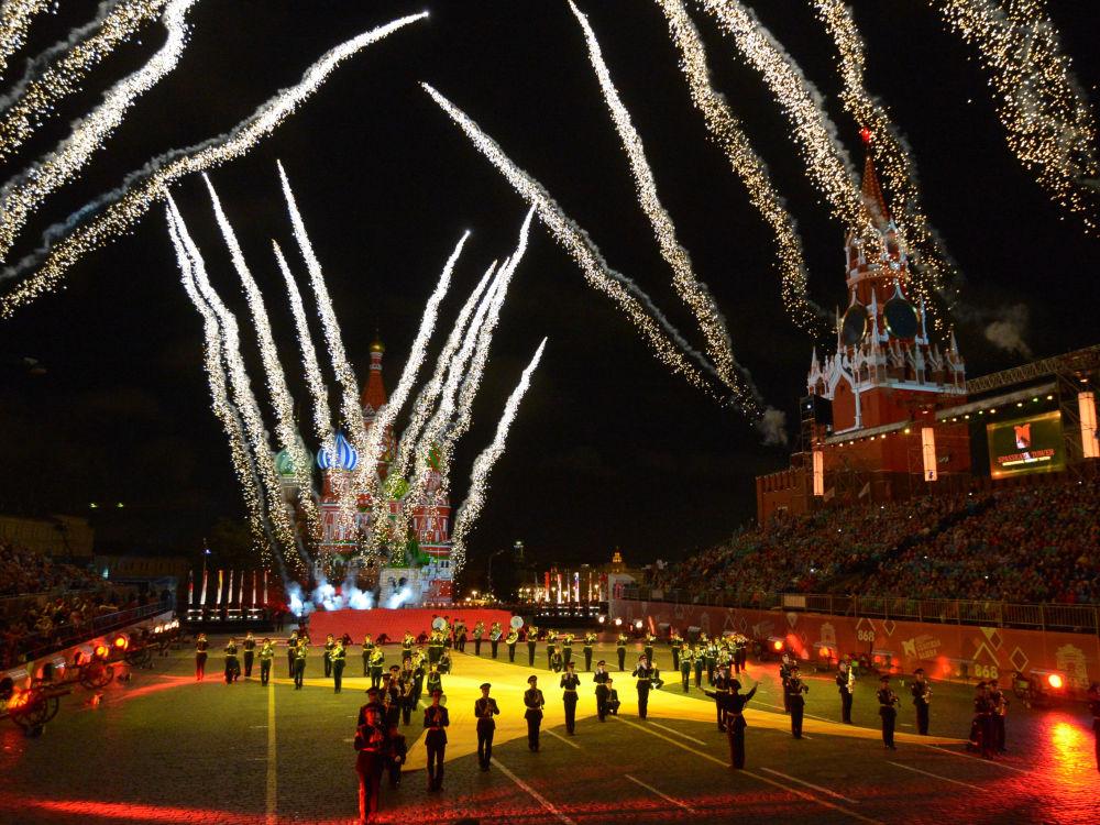 Uroczysta ceremonia otwarcia Międzynarodowego Festiwalu Muzyki Wojskowej Spasskaja Basznia