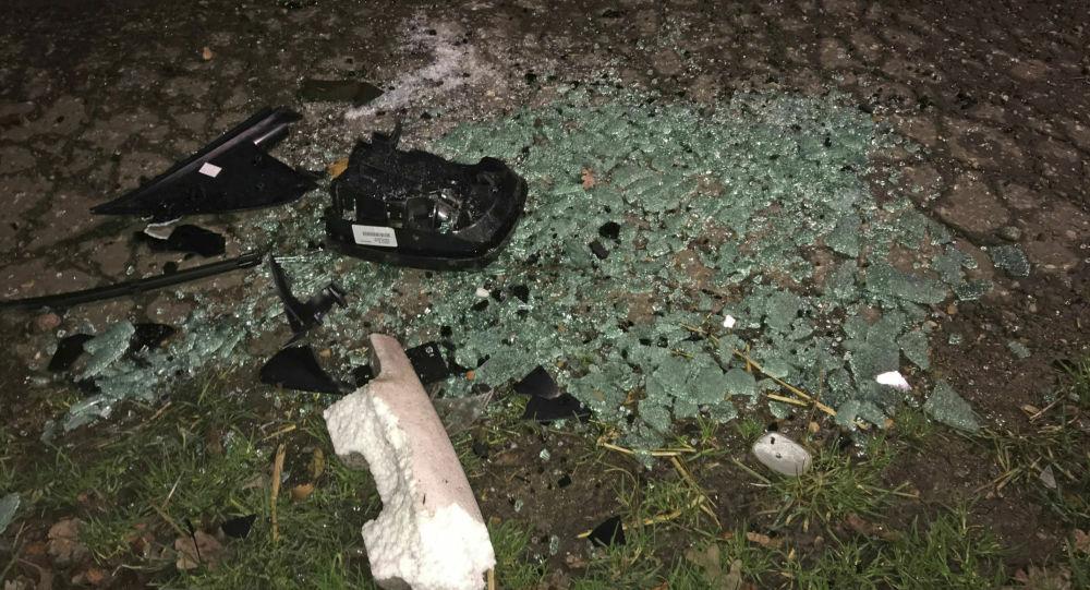 Miejsce wypadku samochodowego w pobliżu rezydencji królewskiej w Sandringham