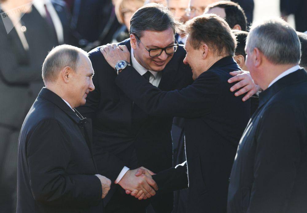 Władimir Putin, Aleksandar Vucić i prezes zarządu Gazpromu Aleksiej Miller w Belgradzie