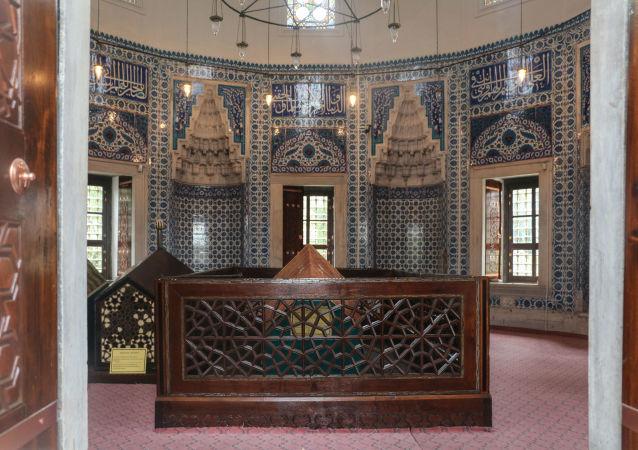 """Konsulat Rosji w Stambule i """"bitwa o Hürrem Sultan"""