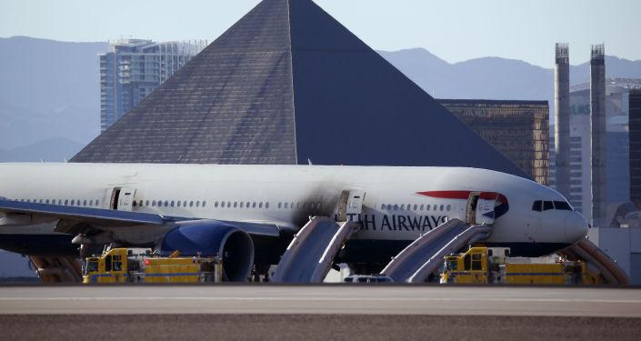Samolot British Airways na lotnisku w Las Vegas po ugaszeniu pożaru