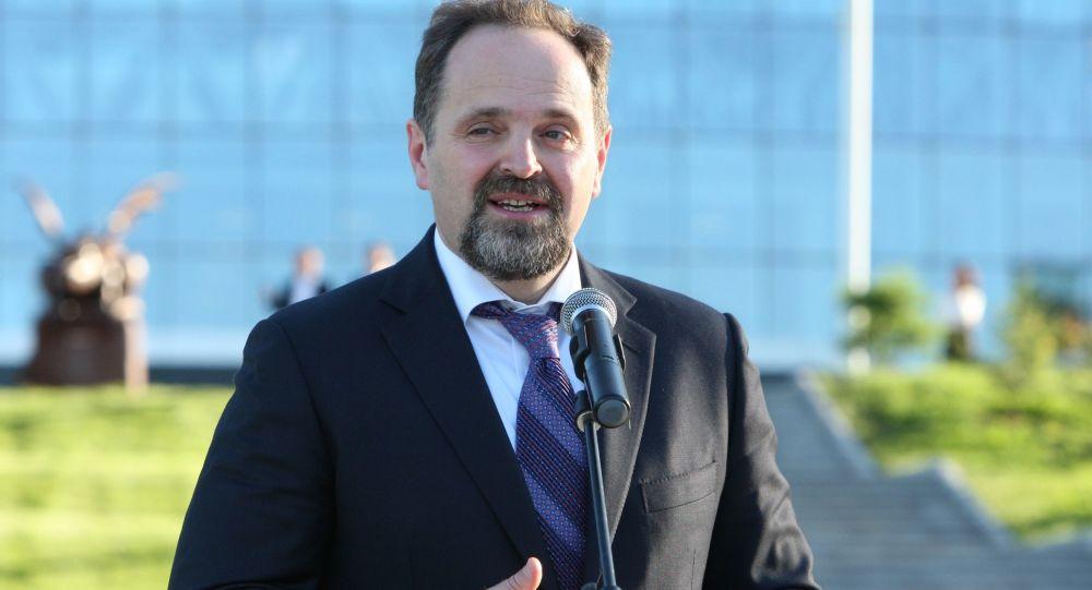 Minister zasobów naturalnych i środowiska Siergiej Donski