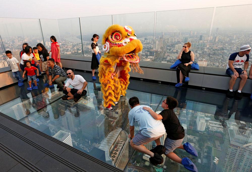 Chiński lew podczas obchodów Nowego Roku w Tajlandii