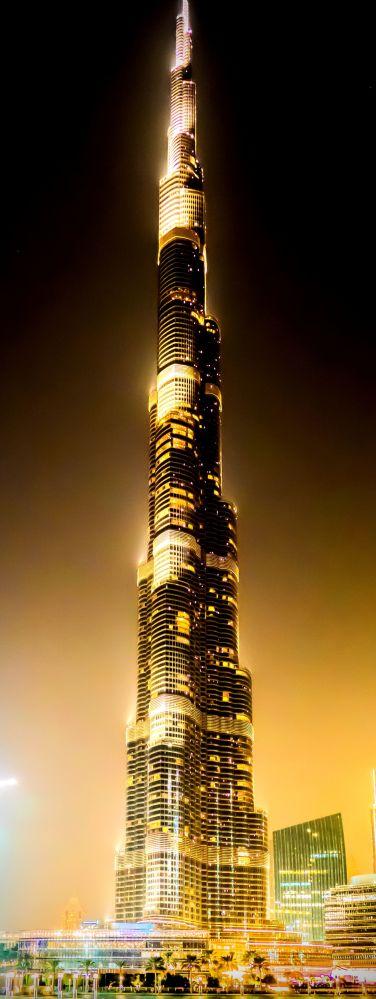 Wieża Chalify, przed otwarciem: Burdż Dubajj - wieżowiec w Dubaju, w Zjednoczonych Emiratach Arabskich