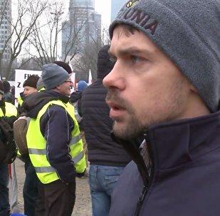 Michał Kołodziejczak podczas protestów w Warszawie