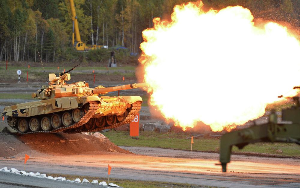 Występy podczas otwarcia 10. Międzynarodowych Targów Wojskowych Russia Arms Expo