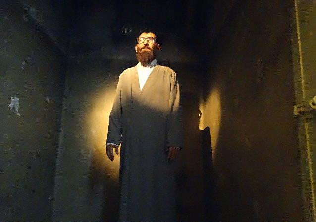 W centrum Teheranu znajduje się Dom Tortur Ebrat.