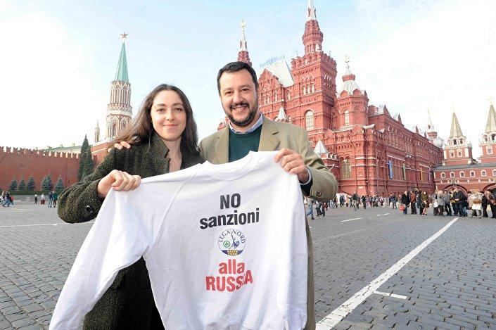Matteo Salvini na Placu Czerwonym w Moskwie, październik 2014