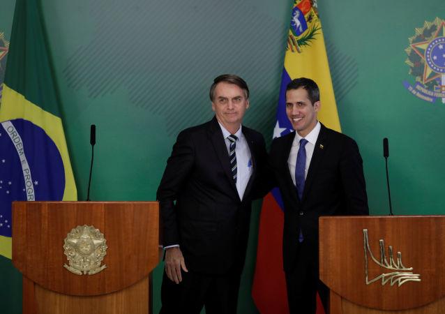 Samozwańczy prezydent Wenezueli Juan Guaido na spotkaniu z brazylijskim prezydentem Jairem Bolsonaro