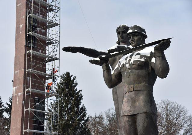 Pomnik Chwały we Lwowie